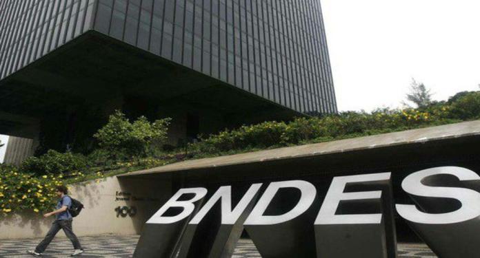 BNDES Adia pela Quarta Vez o Leilão da Lotex