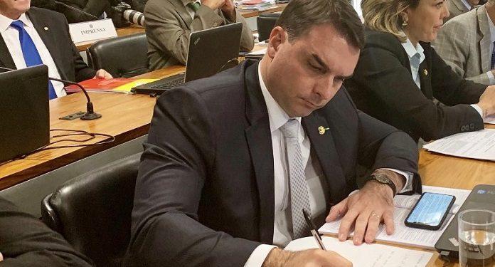 PL-de-Flávio-Bolsonaro-Visa-Elevar-Repasse-de-Loterias-à-Ações-Sociais