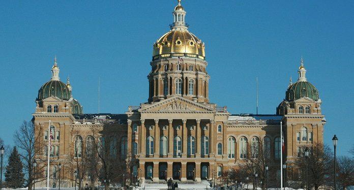 Apostas Esportivas em Iowa Geram Lucro Alto Já nos Primeiros Dias