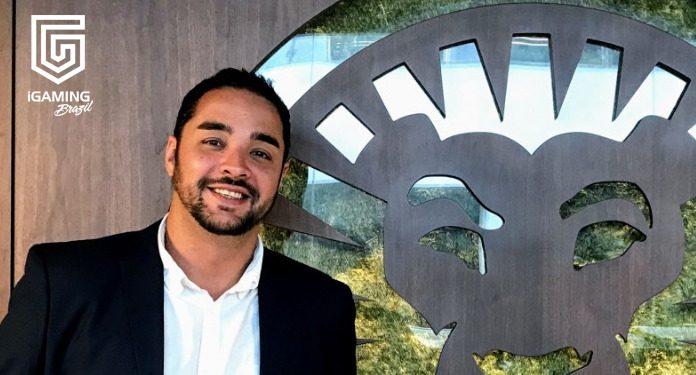 'Separaria o que é Físico do que é Online', diz Thomas Carvalhaes