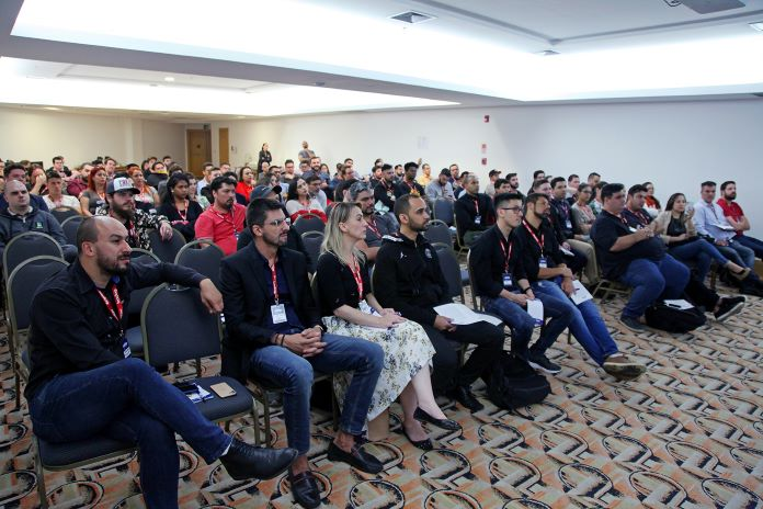 Encontro-da-ADTP-Reúne-Mais-de-140-Participantes-para-Debater-Regras-do-Poker