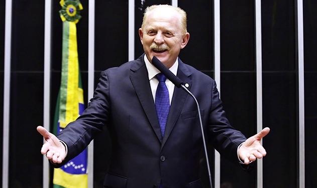 """""""Governo é Favorável a Implantação de Cassinos"""", diz Deputado Vermelho"""