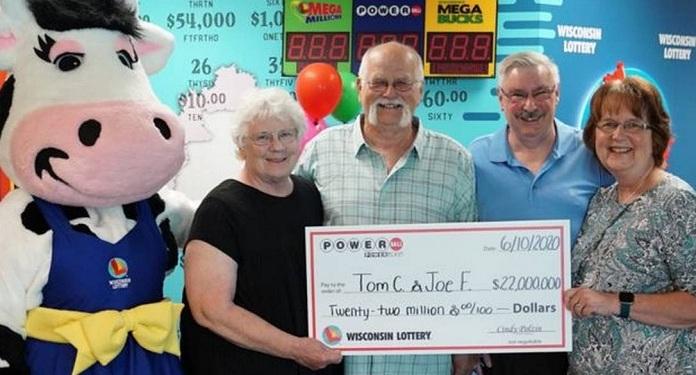 Amigos Repartem Milhões da Loteria Após Promessa Feita Há 28 Anos