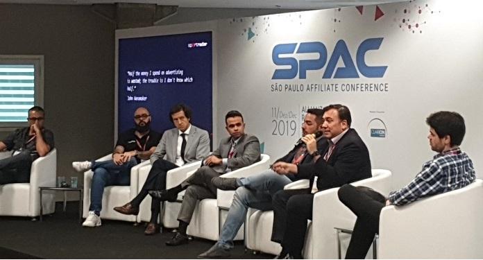 Clarion Events Informa que BgC e SPAC Acontecerão Somente em 2021
