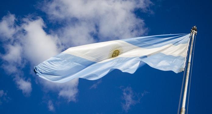 Argentina Eleva Imposto de Apostas Online Para Financiar Déficit Nacional