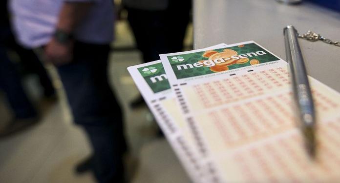 Brasileiros agora só podem fazer apostas na Caixa na Mega da Virada