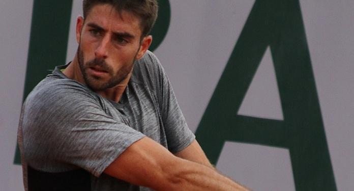 Tenista Enrique Lopez Perez é proibido de jogar por 8 anos por manipulação de resultados