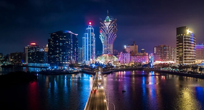 Dados mostram ligeiro declínio na indústria de apostas de Macau