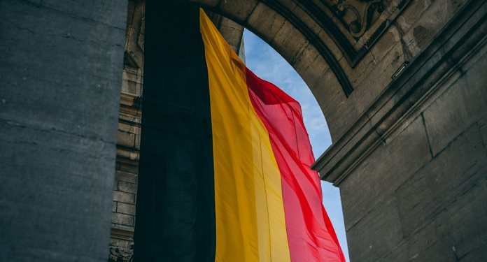 Change of law in Belgium requires separation of online gaming products