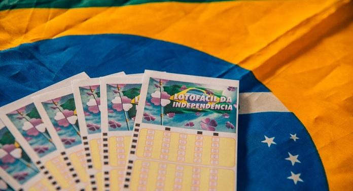 Com ajuda da probabilidade, Sorte Online sorteia três prêmios da Lotofácil da Independência