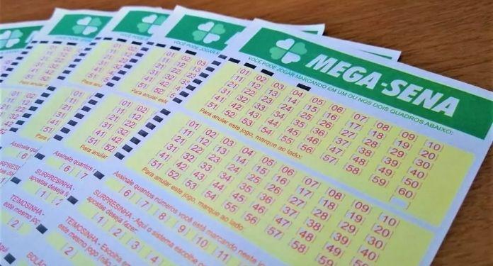 Mega-Sena-27-apostas-de-Ribeirao-acertam-a-quadra-e-faturam-R-86628